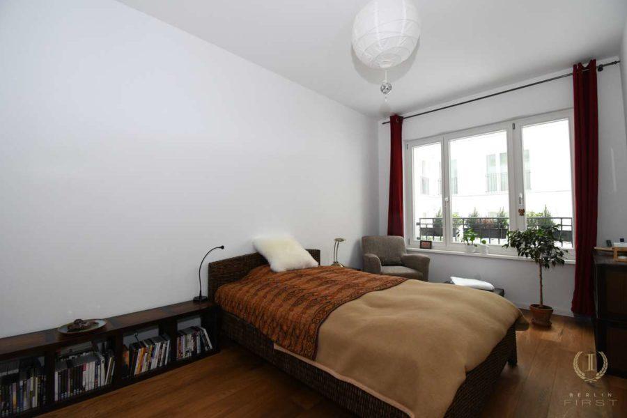 Großartige Neubauwohnung mit Gartenanteil zentral gelegen im Samariterviertel - Schlafzimmer