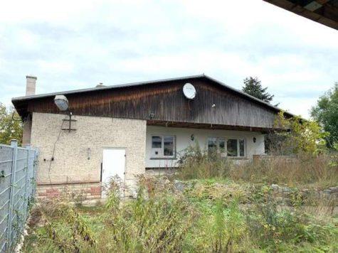 Sanierungsbedürftiger Bungalow mit 4 Zimmern + Werkstatt auf ca. 800 m² Grundstück in ruhiger Lage, 16767 Leegebruch, Bungalow
