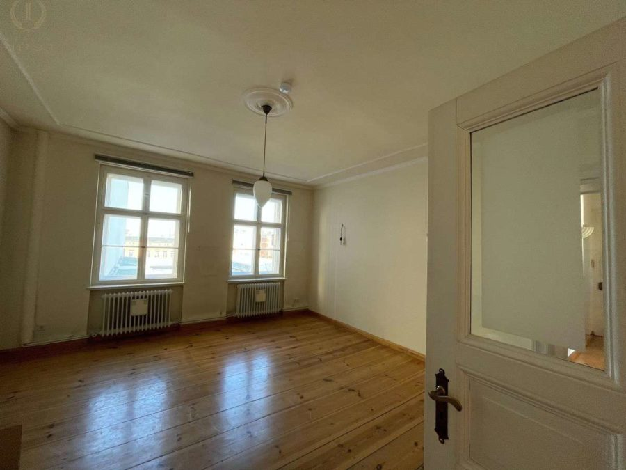 Ruhige Lage! Zwei nebeneinander liegende Wohnungen plus 90 m² Dachgeschossfläche in Toplage - Wohnung 25 (Zimmer 3)