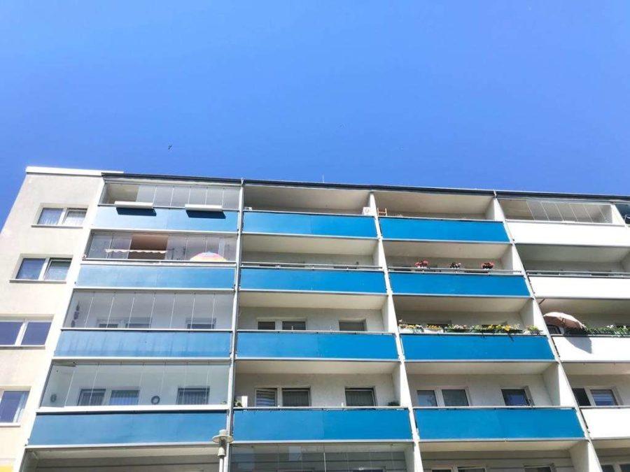 Behagliche & helle Wohnung mit sonnigem Balkon in guter Lage für Selbstnutzer o. Kapitalanleger - Titelbild
