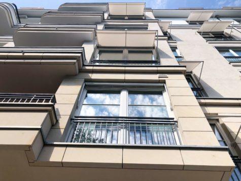 ABSOLUTE BESTLAGE: Luxuswohnung mit Südwestbalkon und Tiefgaragenstellplatz nähe Kurfürstendamm, 10629 Berlin, Etagenwohnung