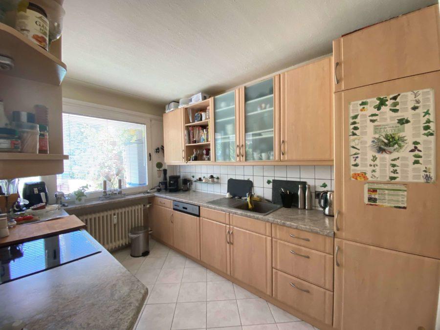 TOPLAGE! Sehr attraktive, ruhige & helle Wohnung mit großer Sonnenterrasse und Blick ins Grüne - Bild