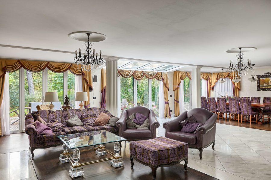TOP ANGEBOT: Villa mit Spabereich und Indoorpool auf 1500m² uneinsehbarem Grundstück in Toplage - Bild