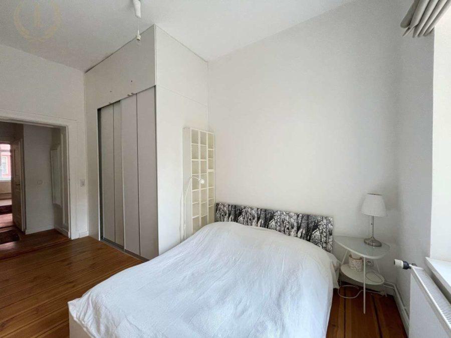 Bergmannkiez! Sanierte Altbau-Wohnung mit hohen Decken und Stuck in Toplage - Schlafzimmer