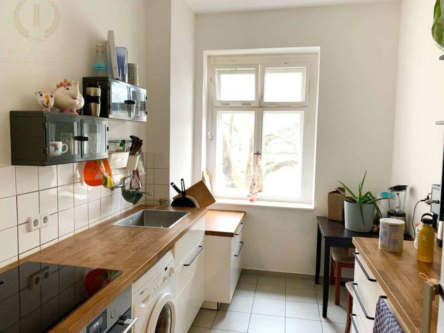 Seltenheit! Attraktive 2-Zimmer Wohnung in sehr gefragter und exklusiver Lage am Strausberger Platz - Küche