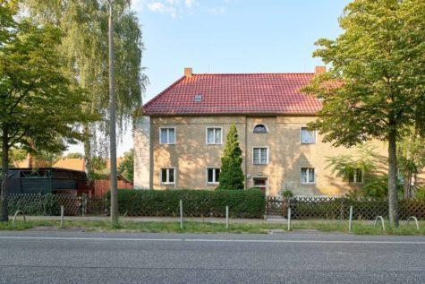 Sehr attraktives Zinshaus mit Dachausbaupotenzial und Baulücke in sehr begehrter Lage, 12487 Berlin, Mehrfamilienhaus