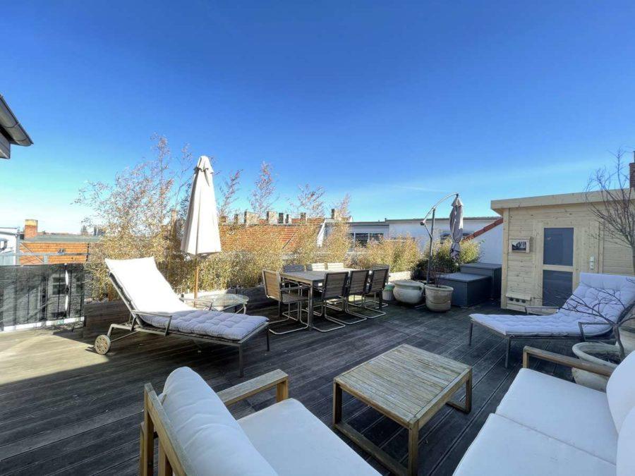 Ruhe mit Privatsphäre und Design! Einzigartiges Dachgeschoss mit vielen Extras in Bestlage - Dachterrasse