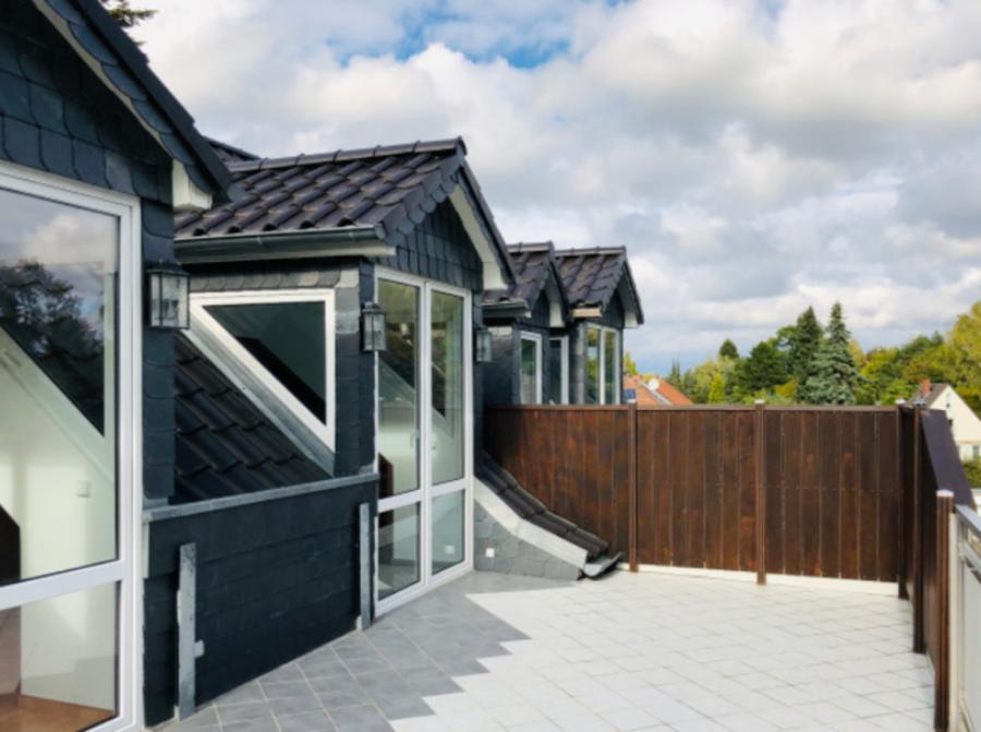 Gepflegte & helle Dachgeschosswohnung in guter Lage von Berlin-Lichterfelde - Dachterrasse