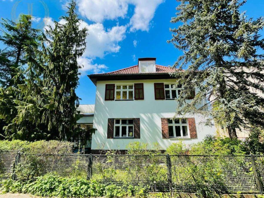 Berlin Wannsee: Exklusive Wohnung mit großer Terrasse nahe Griebnitzsee - Hausansicht