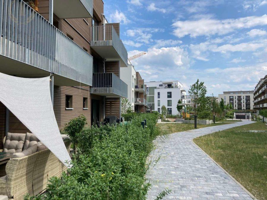 Moderne Neubauwohnung mit Süd-Balkon in idyllischer und begehrter Lage direkt an der Dahme - Hausansicht