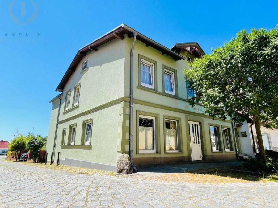 Exklusives Ein-/Zweifamilienhaus mit Garten in Toplage! - Hausansicht