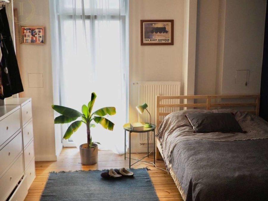 Lichtdurchflutete Altbauwohnung mit 2-Zimmern und Balkon in ruhiger und sehr beliebter Kiezlage - Schlafen