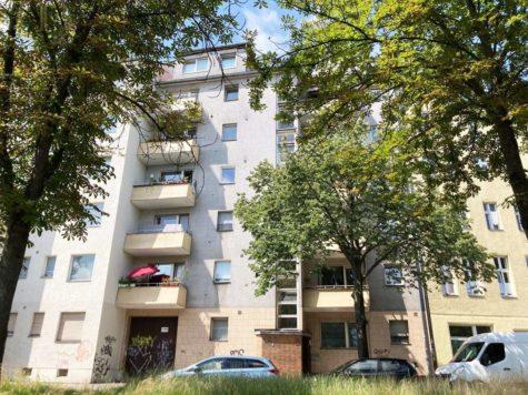 Bezugsfreie Etagenwohnung mit sonnigem Balkon und Stellplatz in beliebter Wedding-Lage, 13347 Berlin, Etagenwohnung