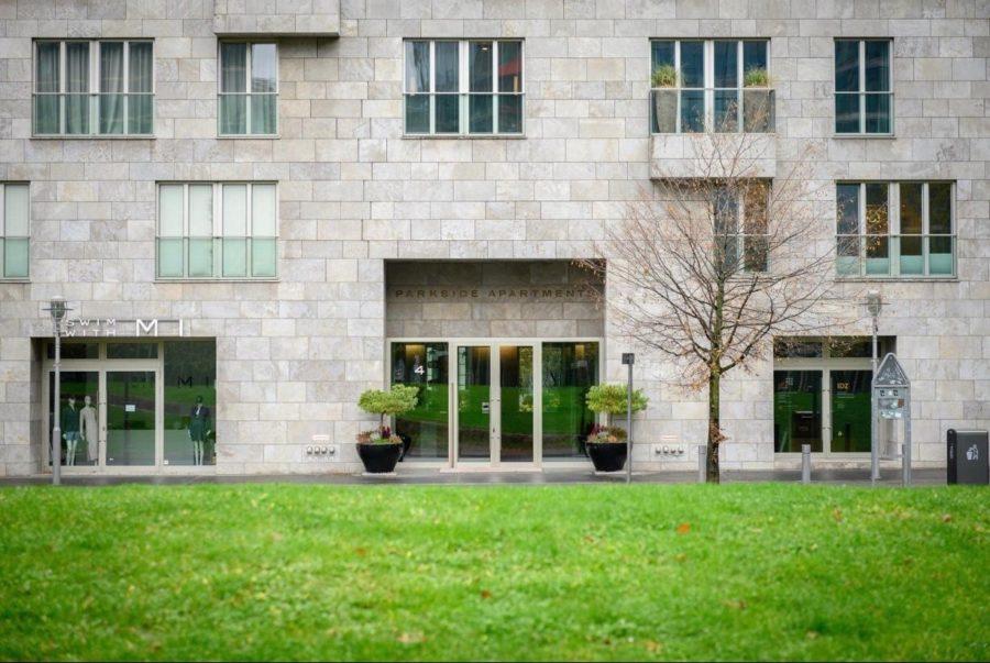 Wohnjuwel in Bestlage von Berlin: Einzigartige, luxuriöse Designerwohnung mit Concierge-Service - Außenansicht
